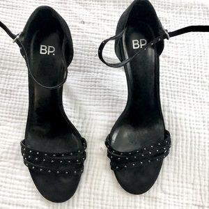 Black heel BP